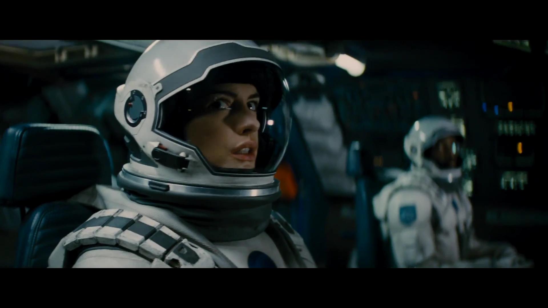 Interstellar – In the spacecraft