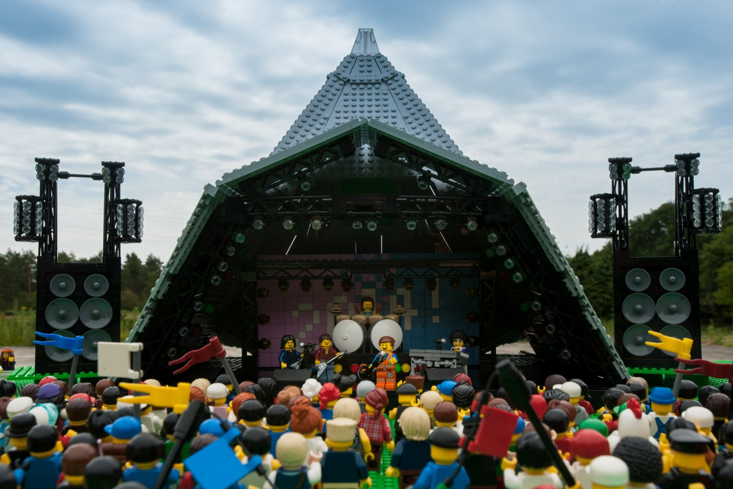 The mud didnt bother Emmet, star of The LEGO Movie, as he gets into the festival spirit at Glastonbury.
