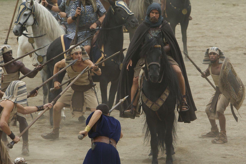 Stirrups in Acient Egypit in Ridley Scott's Exodus