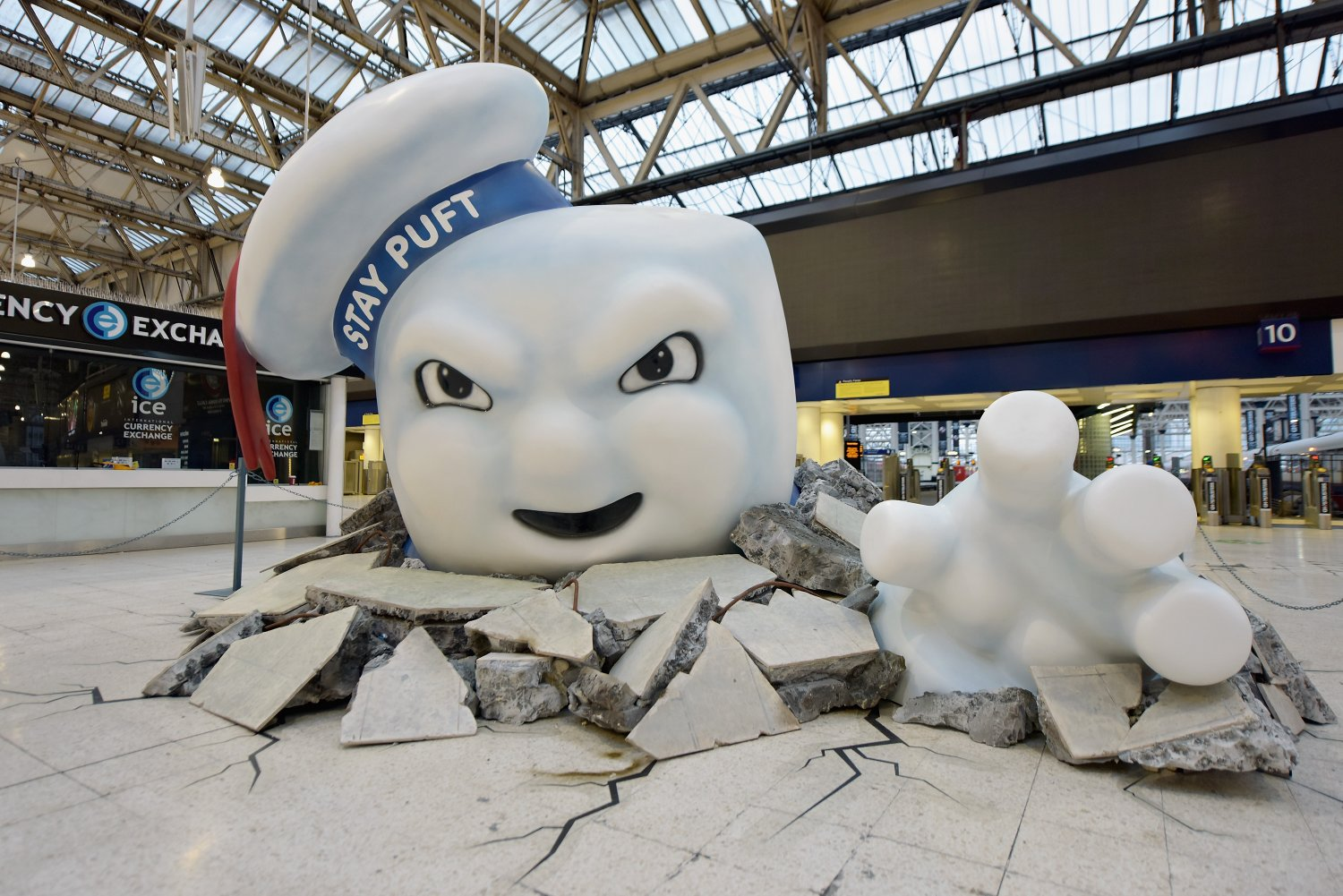 Ghostbusters Waterloo – Stay Puff escape