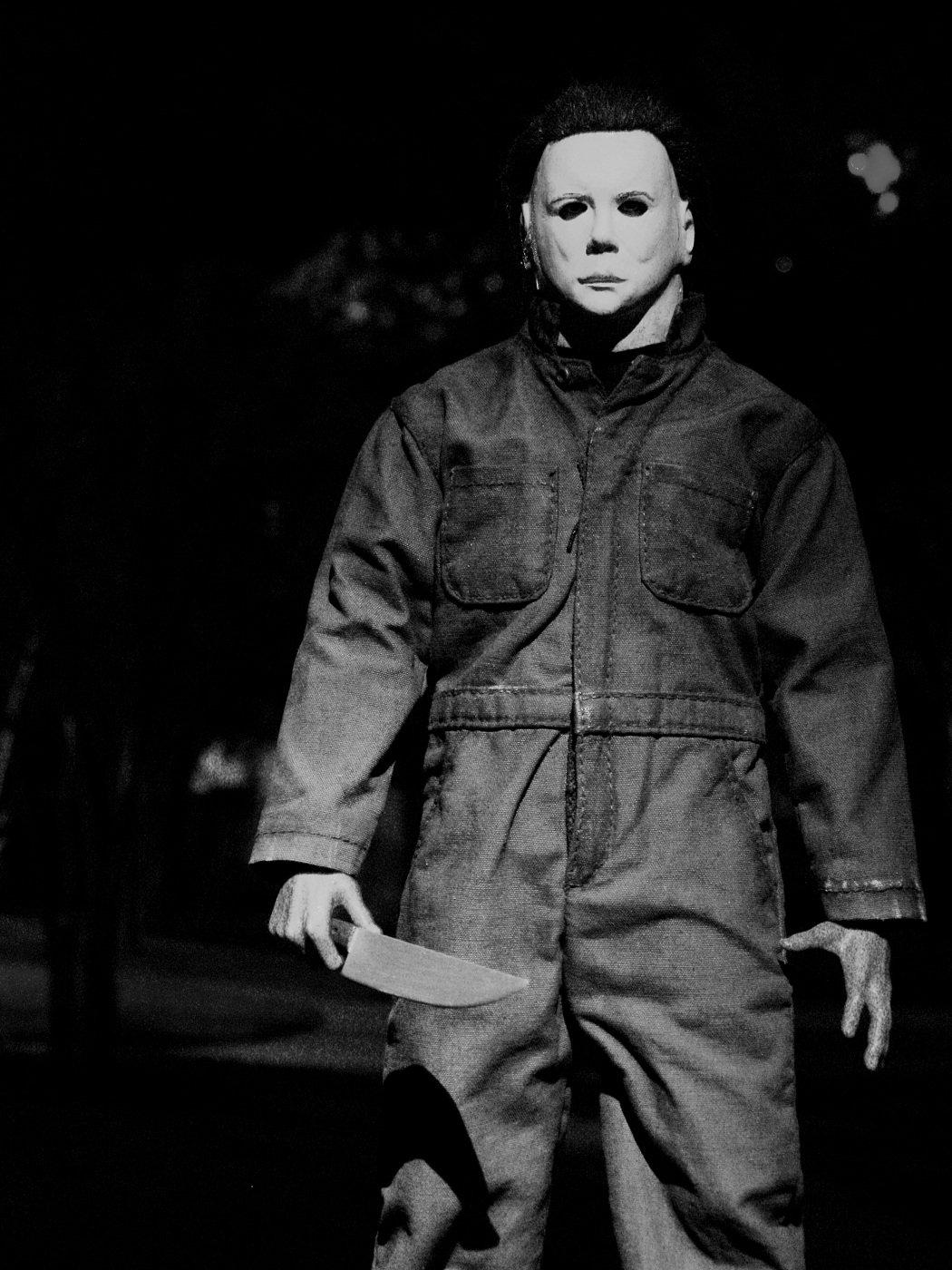 004-halloween-theredlist
