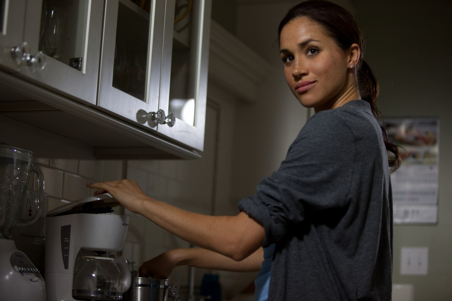Meghan Markle in A Random Encounter (Signature Entertainment) (04)