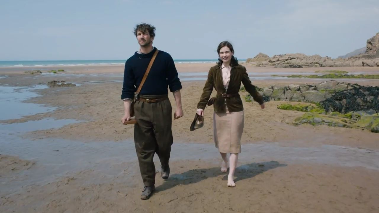 THE GUERNSEY LITERARY & POTATO PEEL PIE SOCIETY – Story Featurette