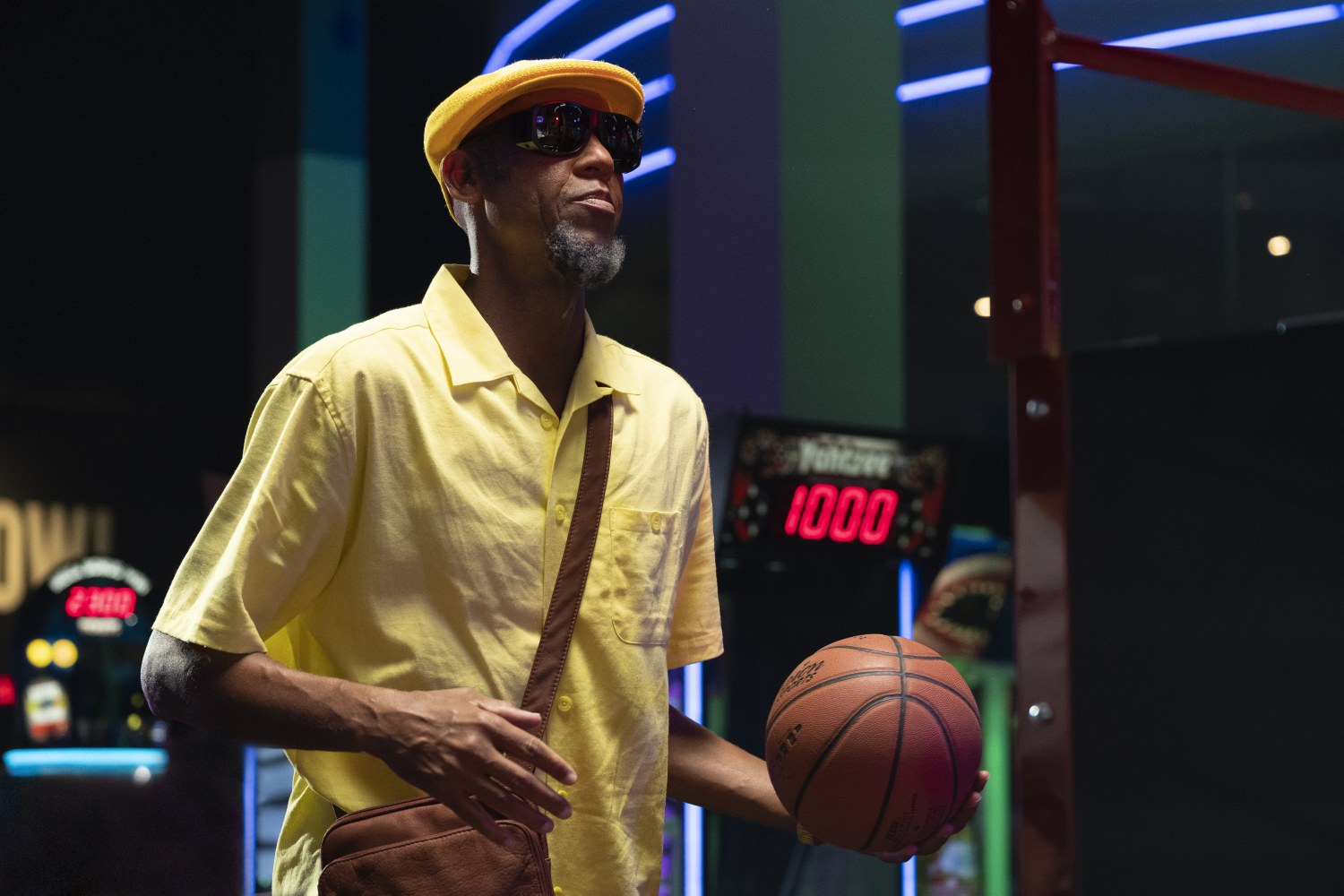 "Reggie Miller as ""Lights"" in UNCLE DREW.ÿÛ"