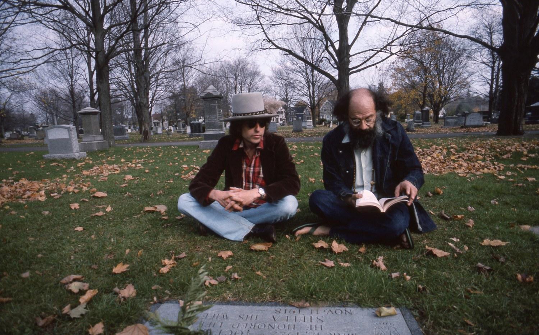 RollingThunder_Ginsberg-Kerouac-Grave