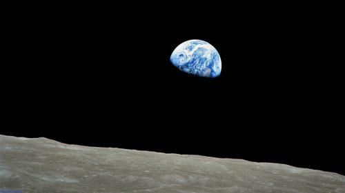 Apollo 8 Earthrise taken December 1968