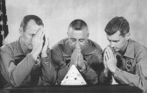 apollo1 in prayer