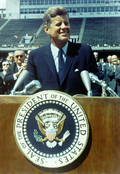 Kennedy at Rice University -the start of the space race