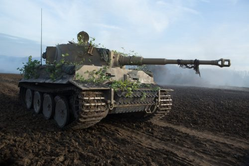 Tiger tank trying to kill Wardaddy