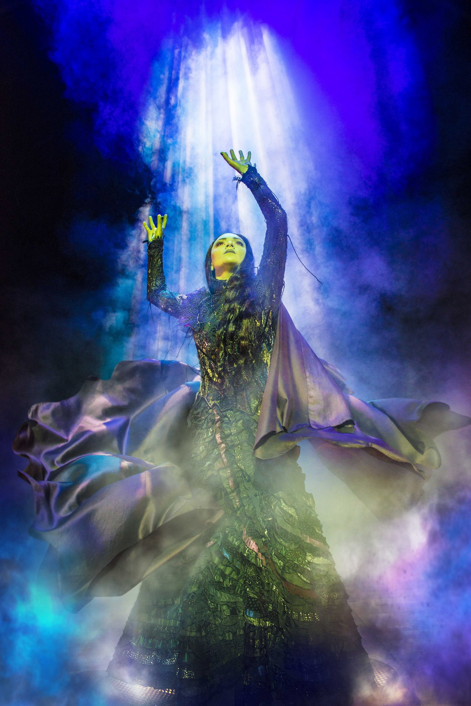 Jennifer DiNoia in Wicked – Photo Matt Crockett