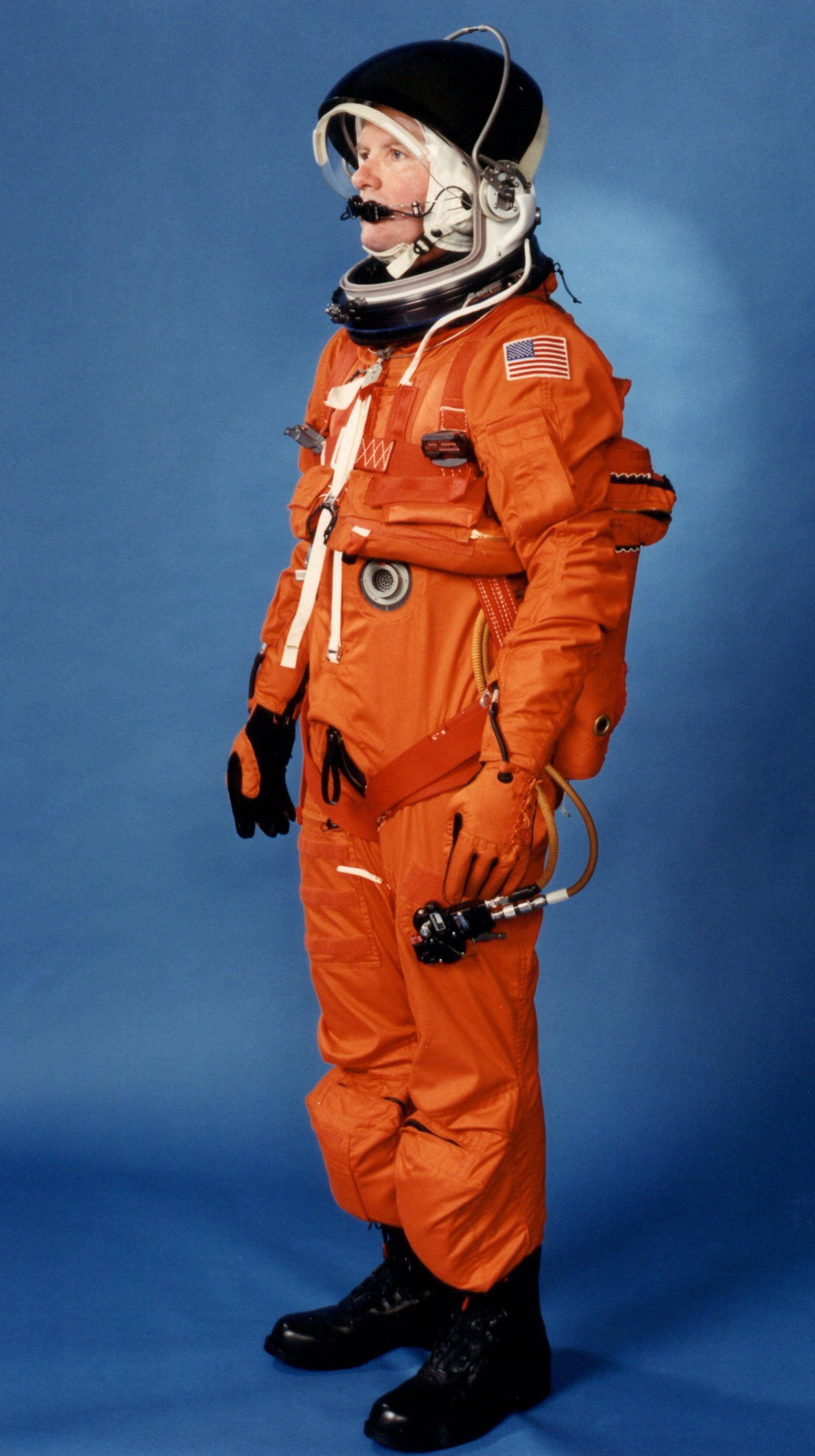 Launch entry suit