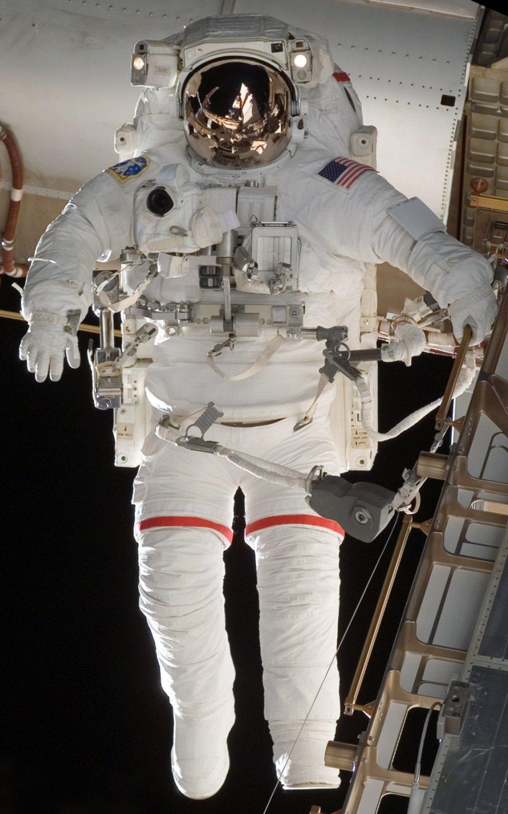 STS-118 EVA EMU Suit