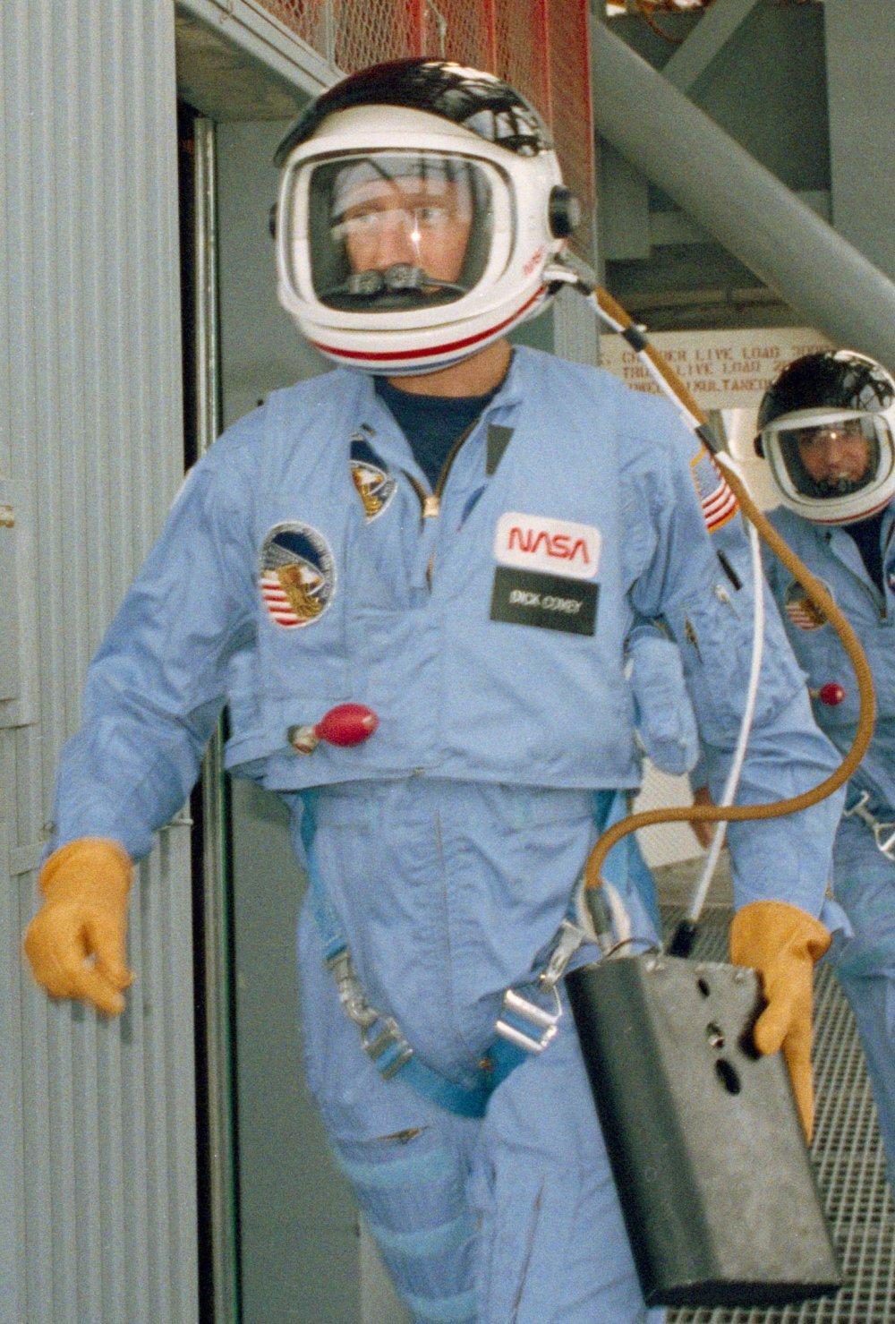 STS 51-I emergency training