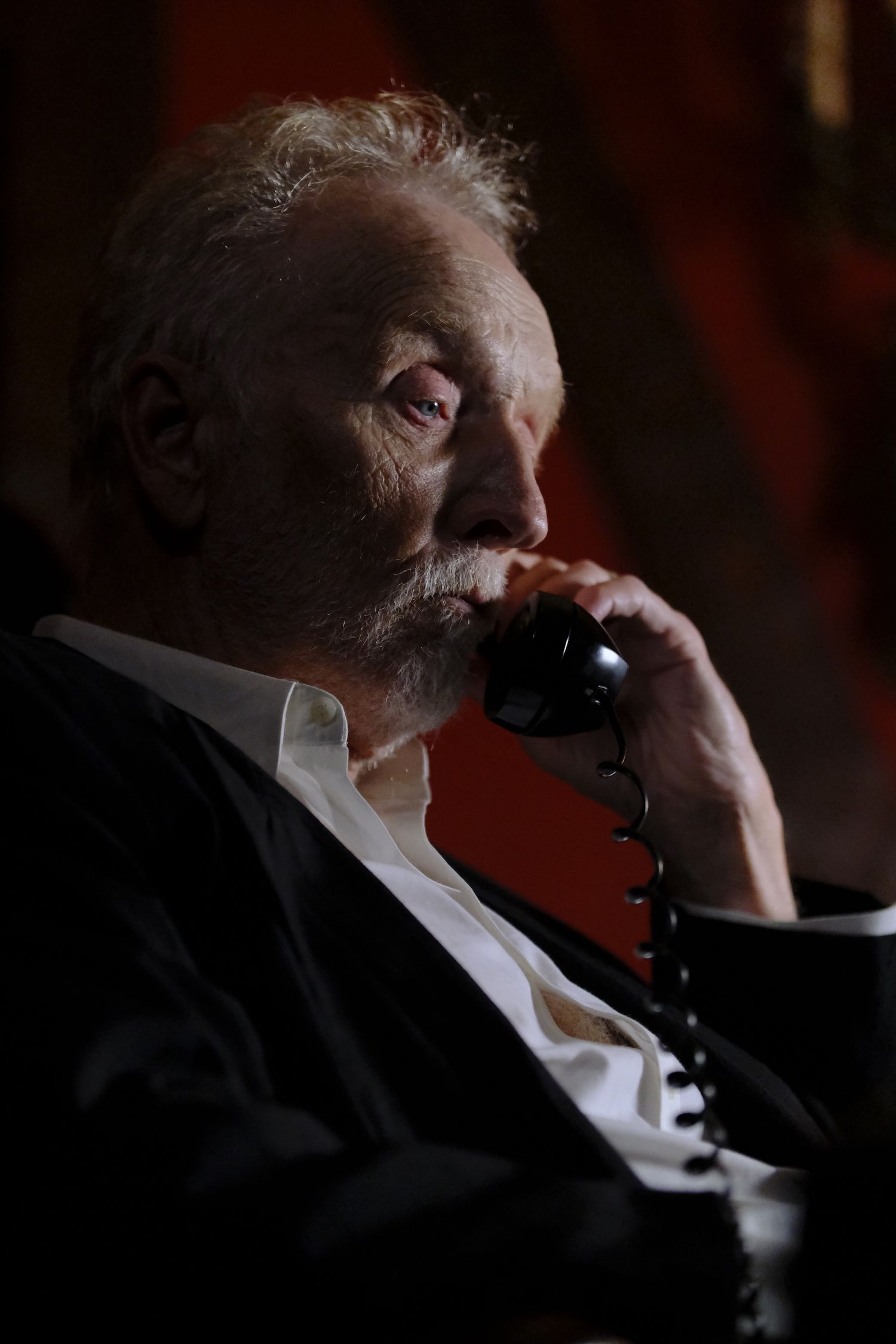 Tobin Bell phone in The Call