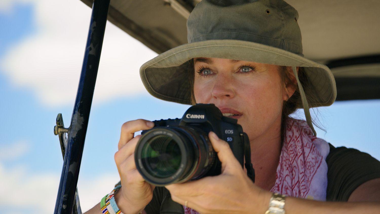 Rebecca Romijn in Endangered Species (1)