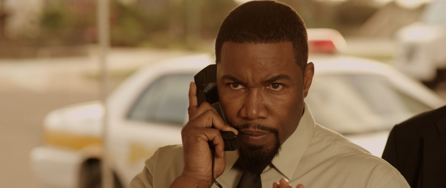 Michael Jai White on phone – Cops and Robbers